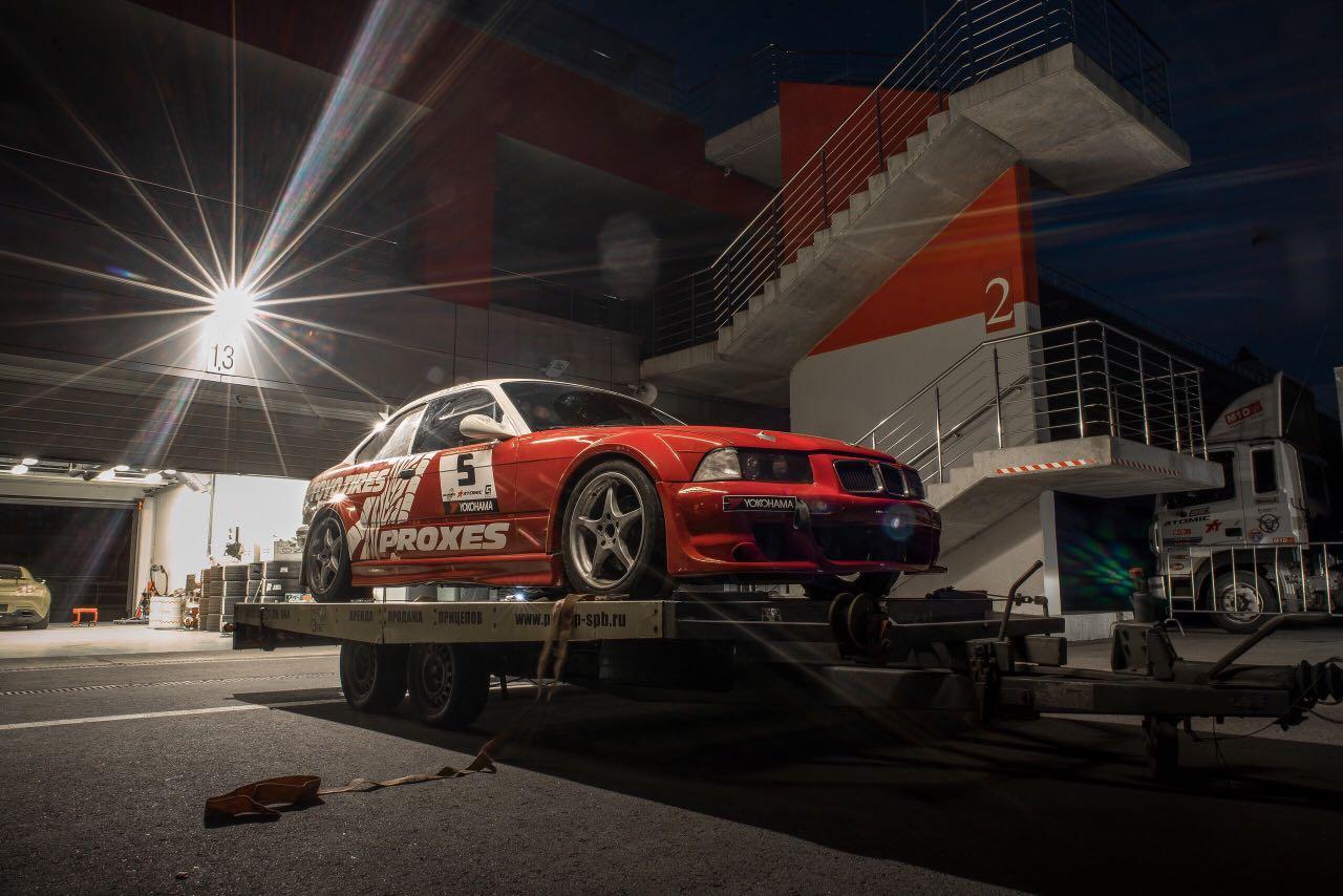 Арденда гоночной машины